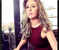 «وسط الأسود»| رشا الخطيب تستضيف جنات في السرداب..اليوم