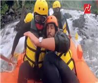 فيديو| الخوف يسيطر على أحمد حجازي في «رامز في الشلال»