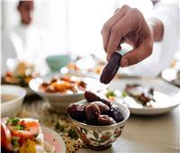 نصائح تجنبك الشعور بالجوع والإرهاق  في نهار رمضان
