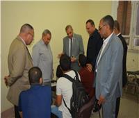 رئيس جامعة الأزهر يتفقد لجان الشفهي بكليات قطاع الدراسة