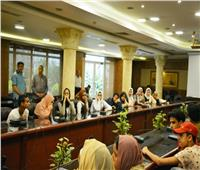 بعد تجمهر الطلاب.. محافظ الغربية يتواصل مع الطلاب بعد امتحان «التابلت»