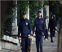 الشرطة اليونانية: مخربون يهاجمون مقر البرلمان بعلب من الطلاء