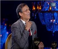 فيديو| «شيخ الحارة» لـ«مصطفى يونس»: «الأهلاوية موصييني عليك»