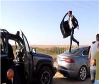 فيديو | محمد إمام يستعرض عضلاته في كواليس «هوجان»