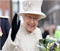 الملكة إليزابيث تحتفل بمئوية شركة الخطوط الجوية البريطانية