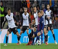 الشوط الأول| فالنسيا يتقدم 2-0 على برشلونة في نهائي كأس إسبانيا