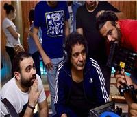 محمد منير يخطف قلوب المشاهدين بـ«أنت البطل» لصالح مستشفي 57357