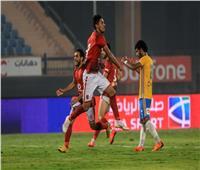 نجم الأهلي مطلوب في الدوري السعودي