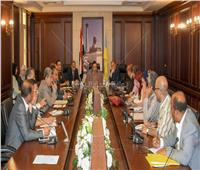 محافظ الإسكندرية: غرامات فورية لمخالفات التعديات على الأرصفة