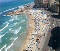 شواطئ الإسكندرية تستقبل مليوني زائر بإجازة عيد الفطر