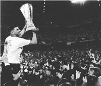 وفاة لاعب ريال مدريد السابق في حادث سيارة