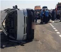 مصرع 3 أشخاص وإصابة 9 في حادث انقلاب سيارة بأسوان