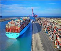 عبور 50 سفينة بحمولات 2ر3 مليون طن المجرى الملاحي لقناة السويس