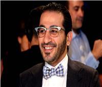 أحمد حلمي يروي كواليس لقائه الأول بعادل إمام وهذا المسلسل يجسد قصة حياته