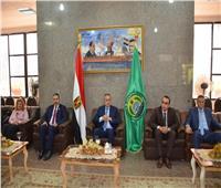 محافظ الإسماعيلية يستقبل المهنئين بعيد الفطر المبارك بديوان عام المحافظة