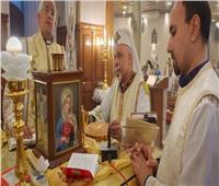 مطران أسيوط للكاثوليك يترأس قداس الـ40 للشماس جورج حنين