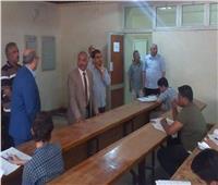 نائب رئيس جامعة الأزهر بأسيوط  يواصل تفقده لسير الإمتحانات عقب انتهاء إجازة عيد الفطر