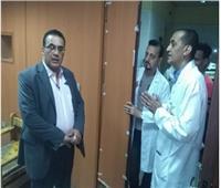 إحالة 47 طبيبًا وممرضًا وعاملًا بمستشفيات قنا للتحقيق لتغيبهم عن العمل