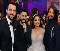 صور| تامر حسني يشعل زفاف «محمد وريهام» بحضور هاني البحيري