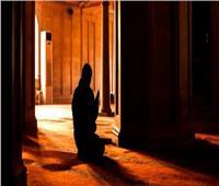 ما حكم الصلاة في المسجد الذي يوجد به الضريح؟  «الإفتاء» تجيب