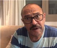فيديو| أشرف عبد الباقي يُغازل «الفول والمخلل»