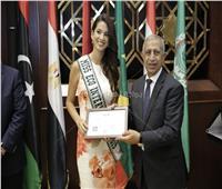 تنصيب ملكة جمال العالم للسياحة والبيئة سفيرة للنوايا الحسنة