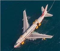 صور| البحرين تتعمد إغراق أكبر طائرة جوية في أعماق المياه.. تعرف على السبب