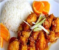 طبق اليوم.. «دجاج بالبرتقال» على الطريقة الصينية