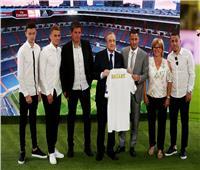 صور| هازارد يوقع على عقد انضمامه لريال مدريد