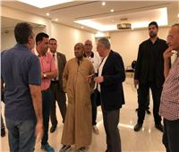 أمم أفريقيا 2019| «بالجلابية».. أحمد أحمد يطمئن على ترتيبات حفل الافتتاح