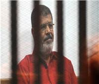 في أول جلسة بعد وفاة مرسي.. تأجيل محاكمة 23 مُتهمًا بـ«التخابر مع حماس»