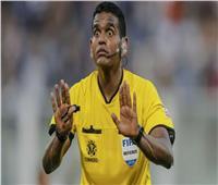 «الكسيس» يثير الجدل في مباراة قطر وكولومبيا