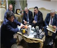 رجال أعمال يونانيين يعرضون براءة اختراعين علي محافظ جنوب سيناء