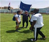 منتخب بنين يتفقد ملعب التدريب بالإسماعيلية