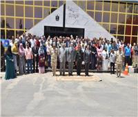 محافظ أسيوط وقائد المنطقة الجنوبية يشهدان حفل ختام تدريب 537 شخصًا