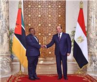 تفاصيل استقبال «السيسي» لرئيس موزمبيق بقصر الاتحادية