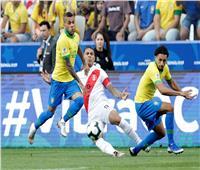 البرازيل تسجل الهدف الأول في مرمى بيرو