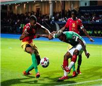 بعد تعادل فريقه مع غينيا.. انيست لاعب مدغشقر يحصل على جائزة رجل المباراة