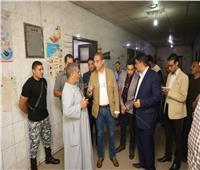محافظ سوهاج يفاجىء العاملين بمستشفى أخميم