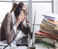 دراسة تحذر.. العمل لساعات طويلة يصيب بالسكتة الدماغية