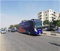 صور.. حافلة منتخب المغرب تصل ملعب السلام