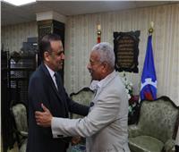 محافظ السويس يستقبل رئيس اتحاد الكرة التونسي