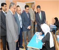 انطلاق امتحانات الثانوية العامة بالمدارس اليمنية في مصر.. والسفير يتفقد اللجان