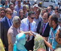 محافظ الإسكندرية يوجه باستعادة الإنضباط وإزالة الاشغالات بالموقف الجديد