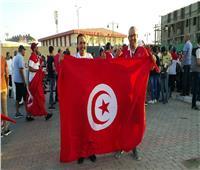 مشجعو تونس من السويس: التنظيم «باهي».. وطلاب أنجولا سعداء بالتشجيع