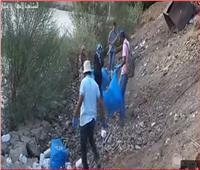فيديو| «ضد البلاستيك».. مبادرة شبابية لتنظيف شوارع أسوان