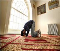 ما حكم من نسى ركنا من أركان الصلاة كالركوع؟.. «البحوث الإسلامية» تجيب