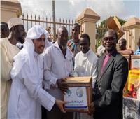 العيسى يلتقي ملك الأشانتي في غانا.. ويدشن حملة مساعدات غذائية