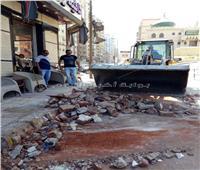 بالصور| انهيار شرفة عقار قديم في الإسكندرية دون إصابات