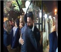 «متعب وغالي وشيكابالا» يعزون «ميدو» في وفاة والده.. فيديو